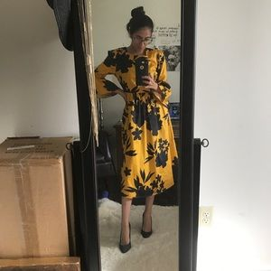 LIMITED TIME SALE golden print midi dress